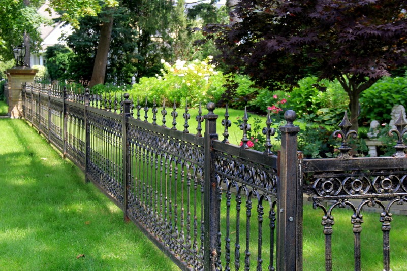 How To Choose Metal Garden Fencing For Your Beautiful Garden -  - garden - Metal Garden Fencing -