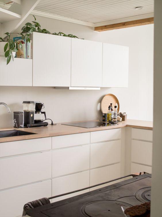Scandinavian Design: Absolutely Stunning Interiors That You Will Love -  - interior-design - Scandinavian interior design style nordic living room bedroom kitchen minimalistic 44 -