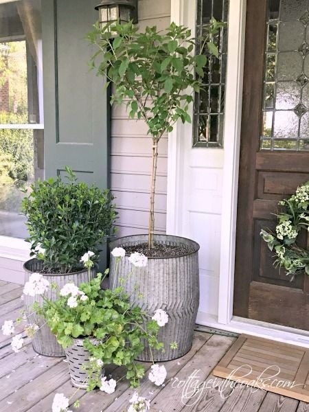 31 Simple Landscaping Ideas How To Decor Your Front Yard -  - garden - Simple Landscaping Idea For Decorating Front Yard front of the house small front yard plants makeover modern porch 11 -