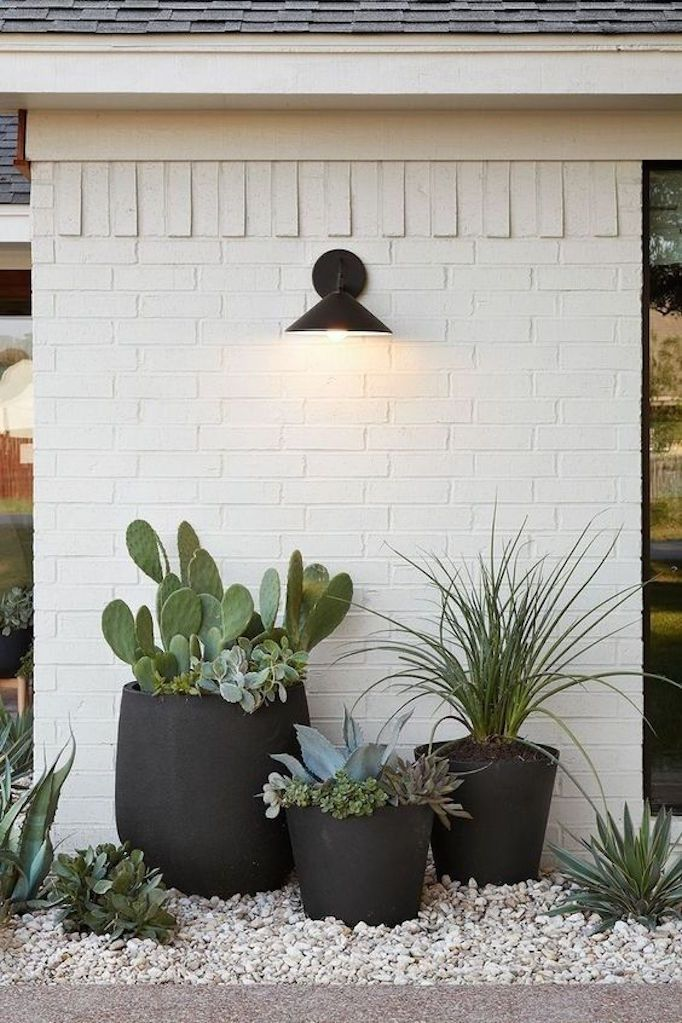 31 Simple Landscaping Ideas How To Decor Your Front Yard -  - garden - Simple Landscaping Idea For Decorating Front Yard front of the house small front yard plants makeover modern porch 13 -