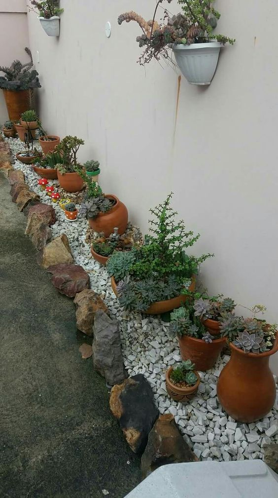 31 Simple Landscaping Ideas How To Decor Your Front Yard -  - garden - Simple Landscaping Idea For Decorating Front Yard front of the house small front yard plants makeover modern porch 24 -