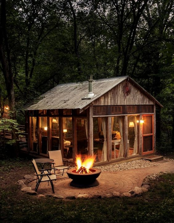 25+ Dreamy & Cozy Cabins You Will Want To Visit This Year -  - architecture - cozy rustic dreamy cabins cottages forest mountains small ideas 1 -