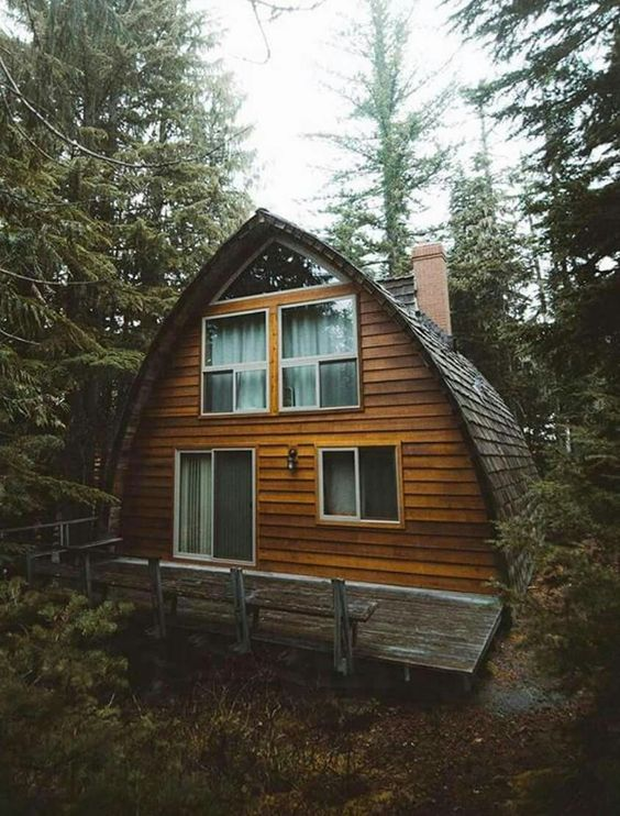 25+ Dreamy & Cozy Cabins You Will Want To Visit This Year -  - architecture - cozy rustic dreamy cabins cottages forest mountains small ideas 27 -