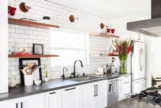 White Kitchen Cabinets: Wall Color Ideas
