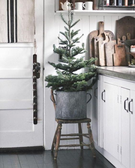46 Christmas Rustic Decor Ideas -  - home-decor - christmas rustic decor ideas 34 -